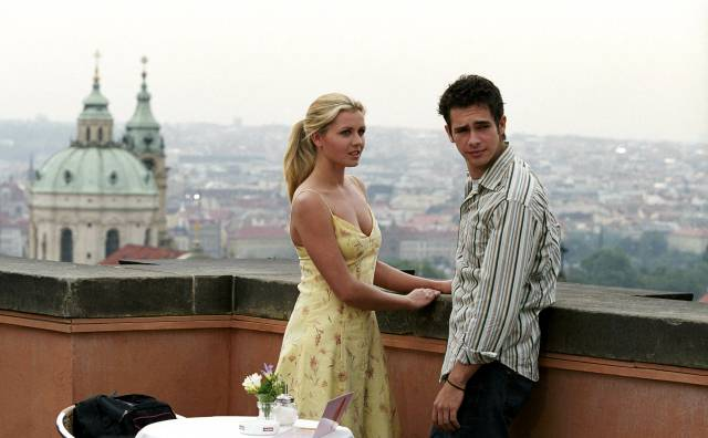 """Jessica Boehrs und Scott Mechlowicz in """"EuroTrip"""" (2004). Foto: ČTK/Mary Evans/Blue Sea Productions Inc. / Ronald Grant Archive / Mary Evans / Pantheon"""
